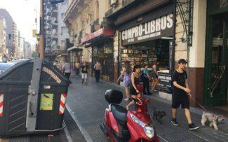 ARGENTINA: INTERAÇÃO EM BUENOS AIRES COM OS CÃES