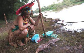 Lama da barragem em Brumadinho ameaça futuro da aldeia Pataxó Hã-hã-hãe